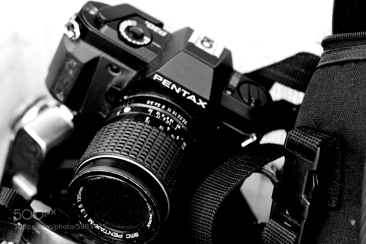 Photograph Old Camera by Scott Kim on 500px