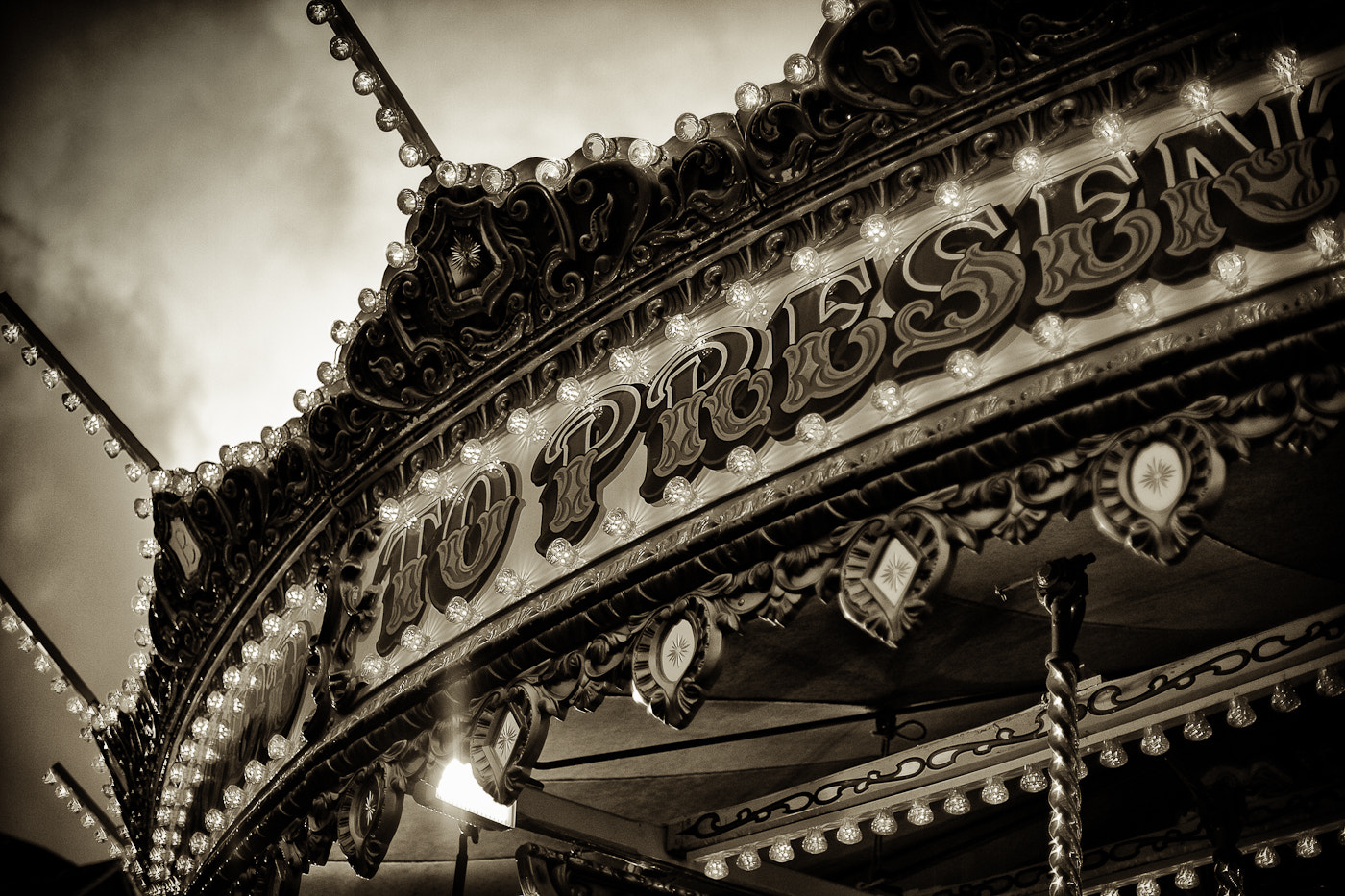 Photograph Carousel by Alex Ward on 500px