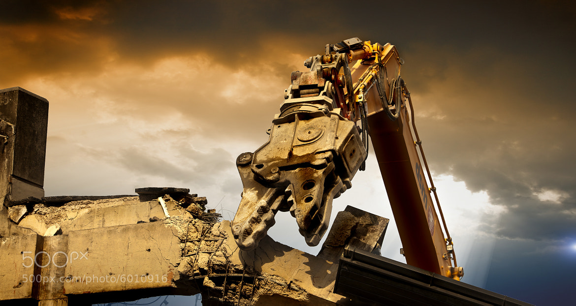 Photograph Hydraulicus Wrecks by Neil Harsant on 500px