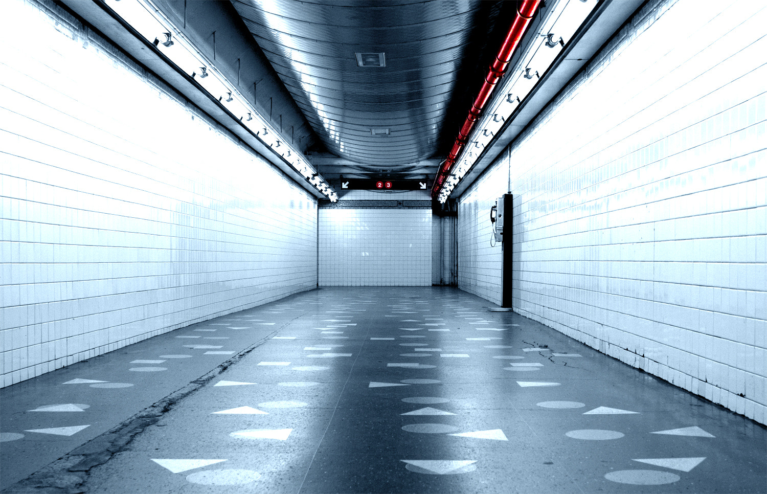 Photograph Red Line by Matthew Bredehoft  on 500px