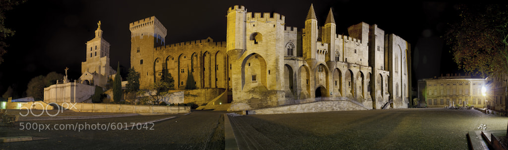 Photograph Palais des Papes à Avignon by Alain Gaymard on 500px