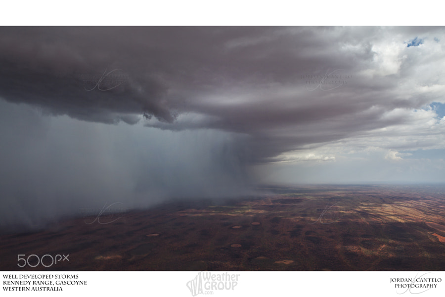 Heavy isolated showers associated with thunderstorms develop over the Kennedy Range in the Gascoyne region of Western Australia.