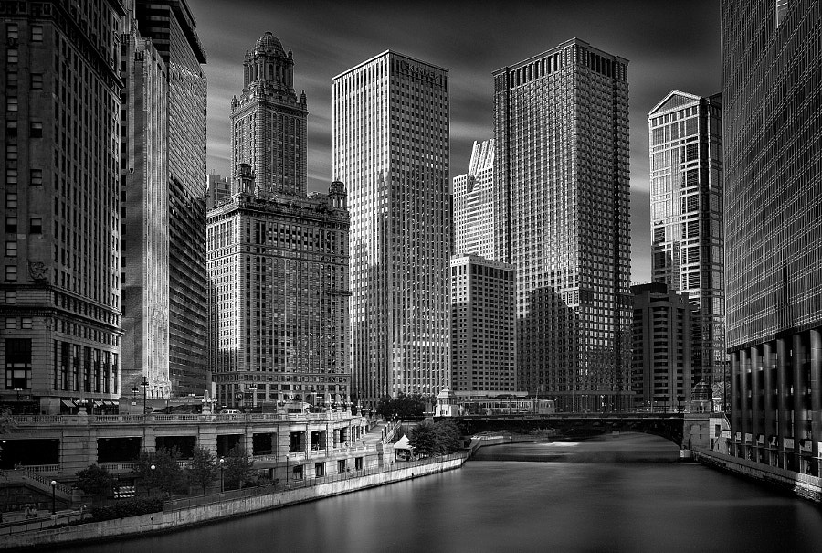 Photograph CHI Skyline by Sergio Zanotti on 500px