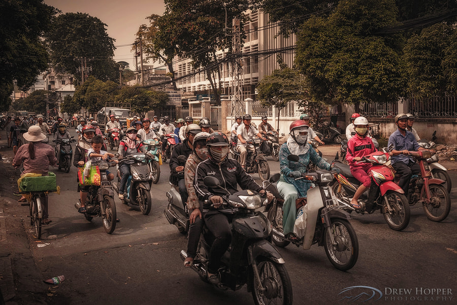 Photograph The Commuters by Drew Hopper on 500px