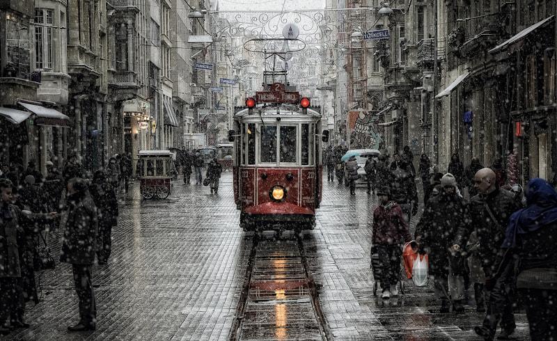 Beyoğlu by Murat  Akan on 500px.com
