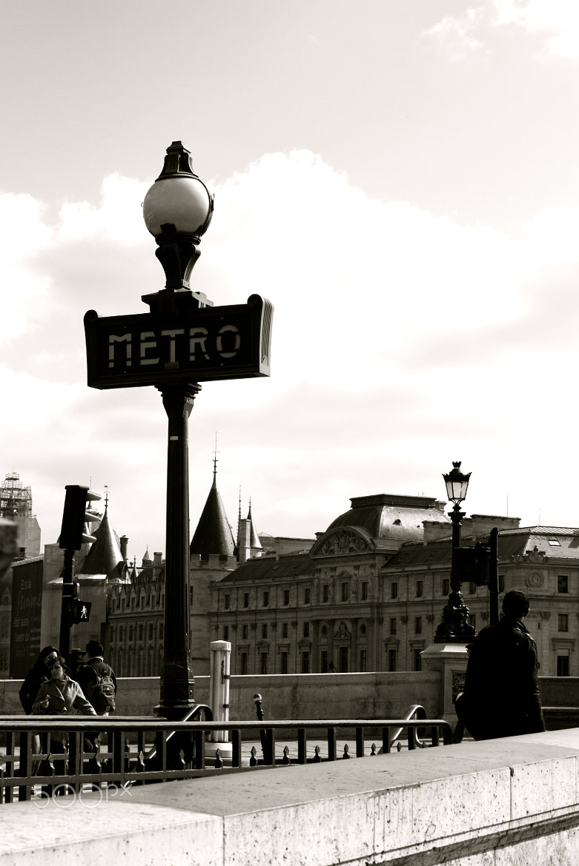 Photograph metro by AnnaSofia Churchill on 500px