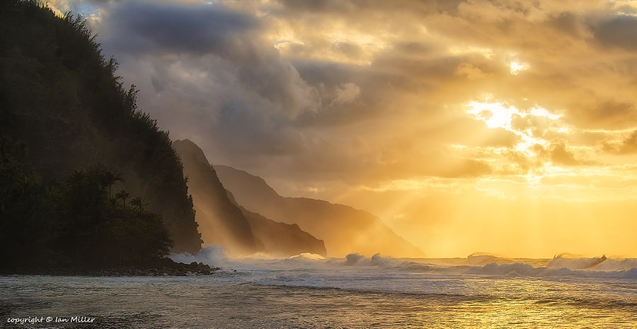 Photograph Winter Storms on Ke'e Beach - Kauai, HI by Ian Miller on 500px