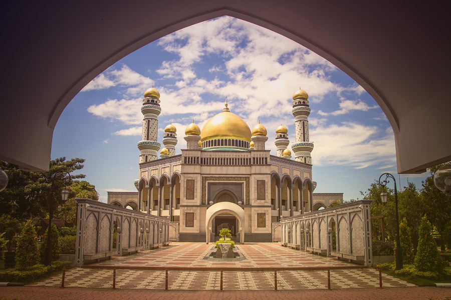 Jame Asr Hassanil Bolkiah by Gorgom T5i on 500px.com