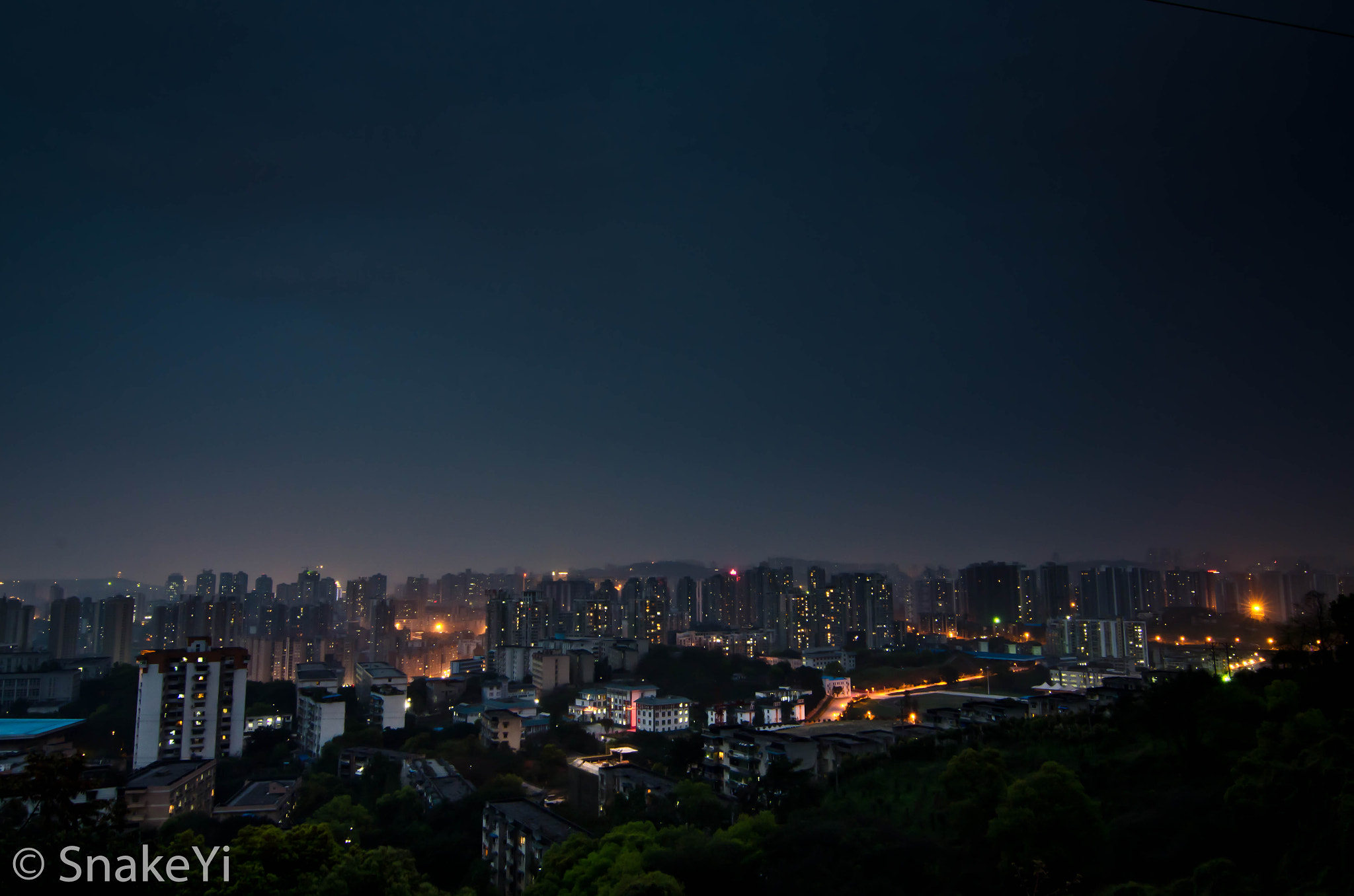 Photograph Night @ CHongqing by zhengming Yi on 500px
