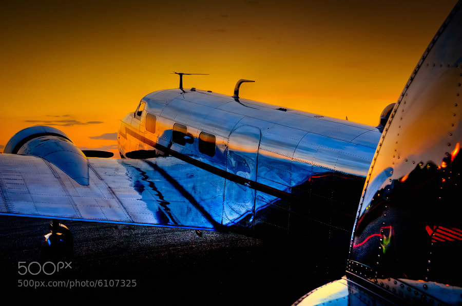 The Georgia sun sets on the Lockheed 12a Electra