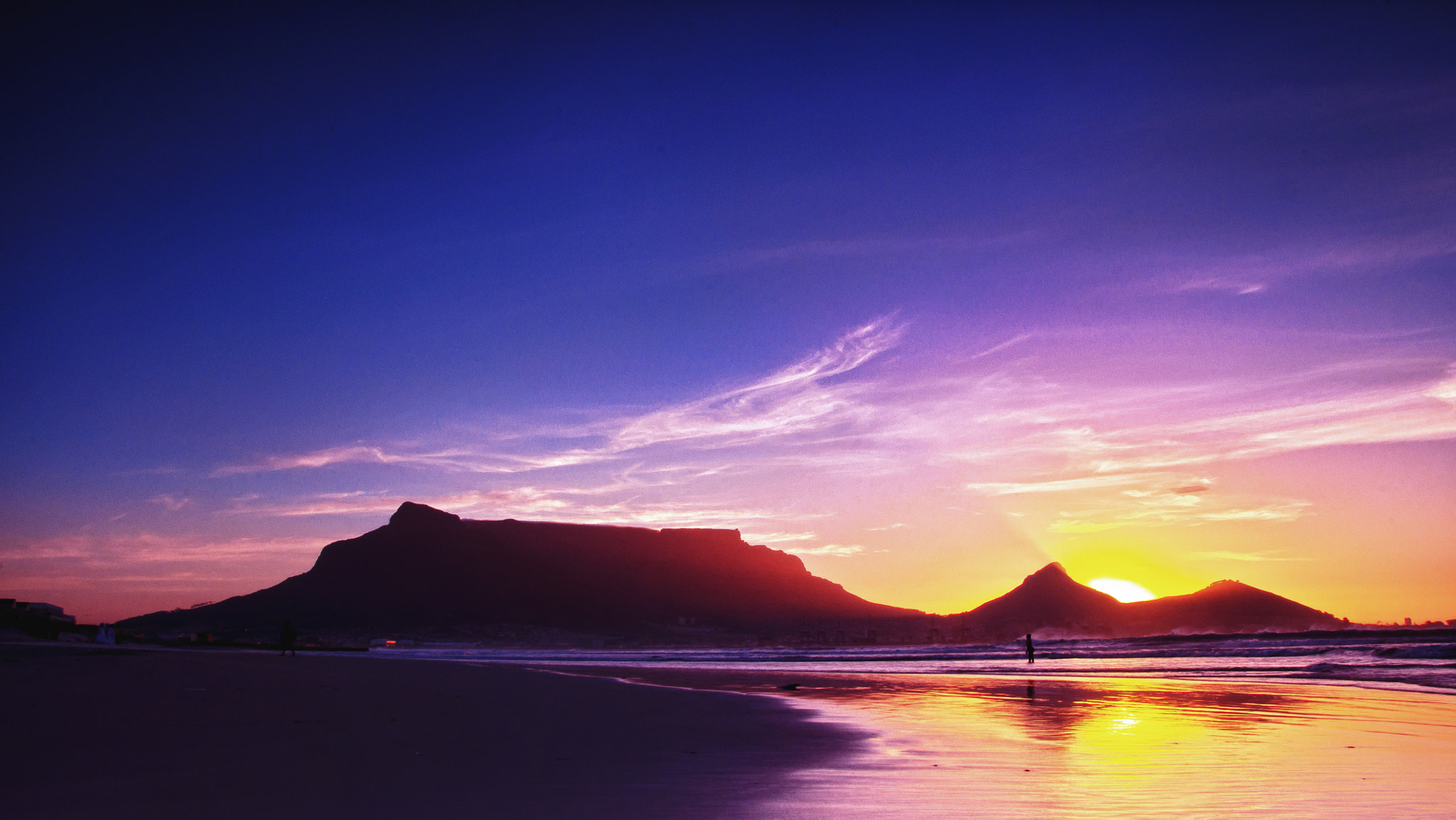 Photograph Table Mountain Sunset  by Ryan Monteiro on 500px