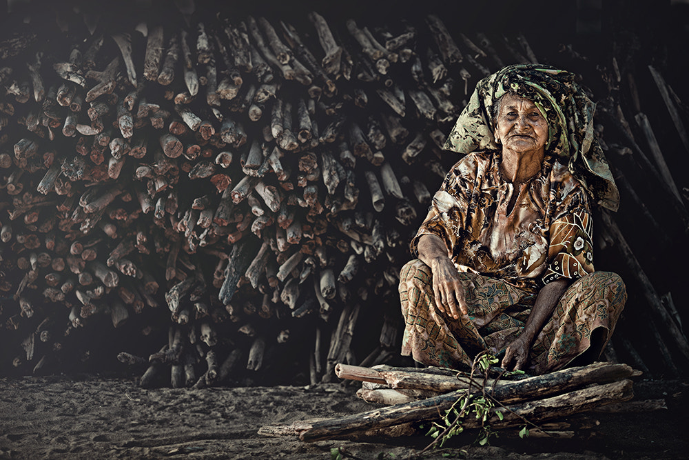 Photograph collecting wood (for cooking) by abe less on 500px