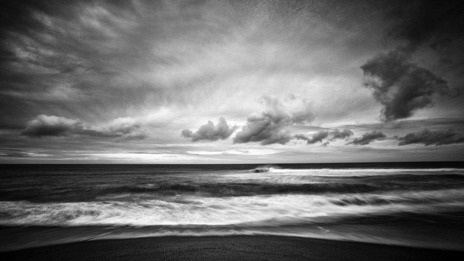 Photograph The Pacific Ocean  by Nathan Wirth on 500px