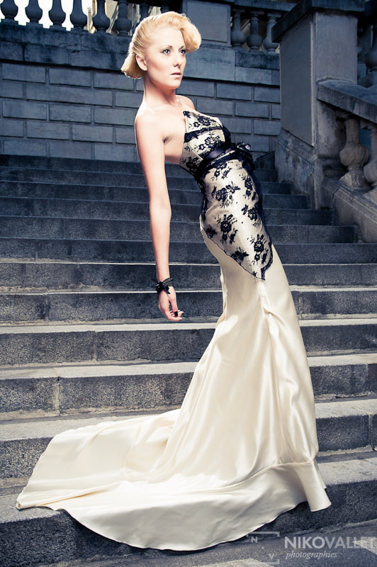 Photograph Fashion in Stairs of Paris  by Niko VALLET on 500px