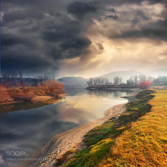 Photograph last look by Adam Dobrovits on 500px