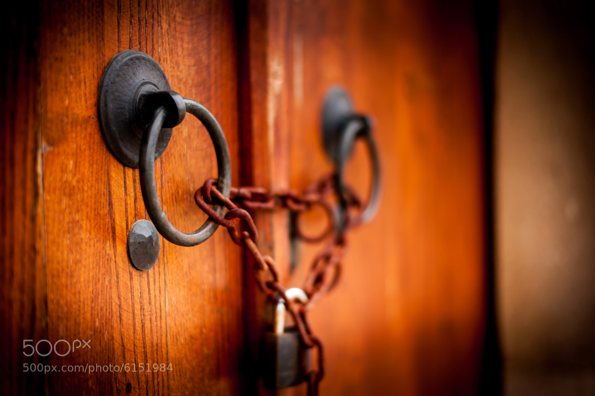 Photograph Locked Forever by Mustafa YENTÜR on 500px