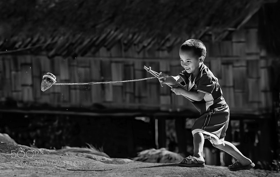Photograph Spin Top Champion by Vichaya Pop on 500px