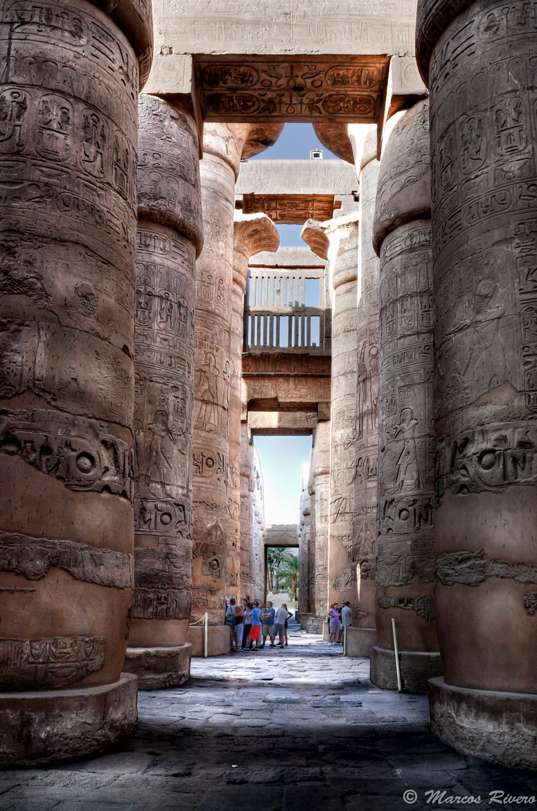 Photograph Columnas del templo de Karnak by Marcos  Rivero on 500px