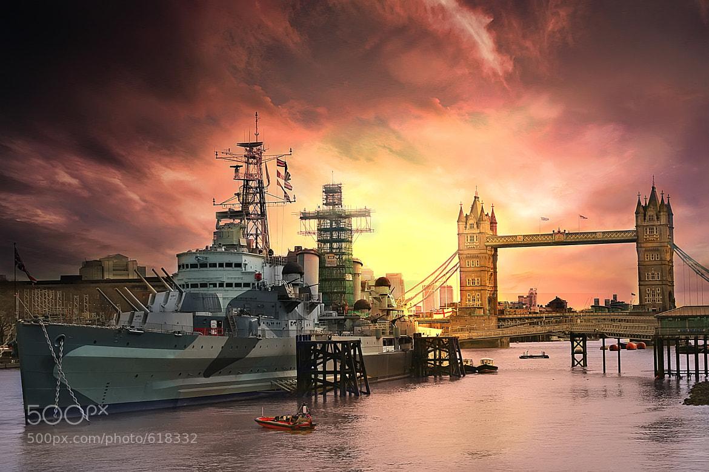 Photograph Warship & London Tower by Arthit Somsakul on 500px