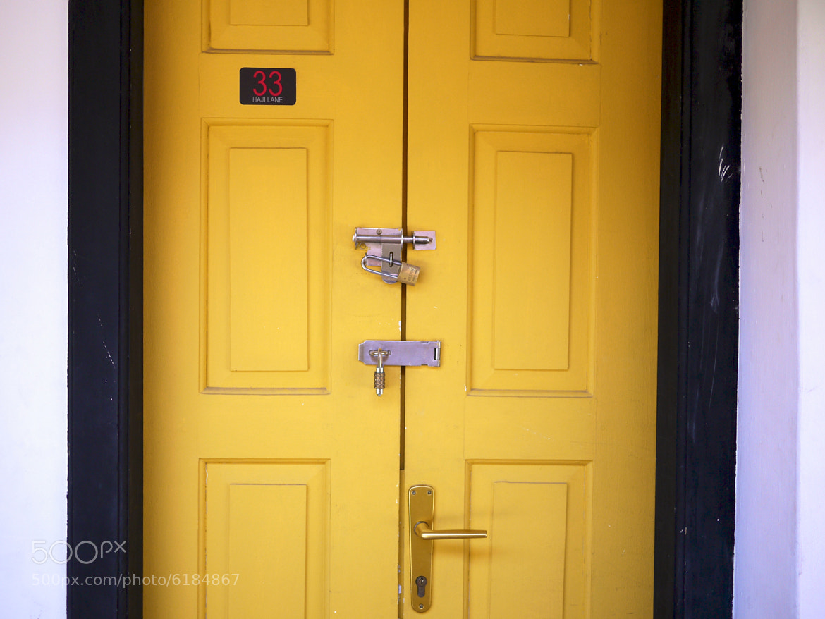 Photograph Door by Leo Ching on 500px
