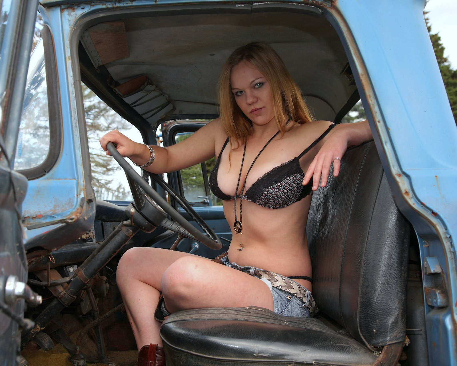 Country Girl In An Ol Blue Truck  By Jack Ronalds -2673