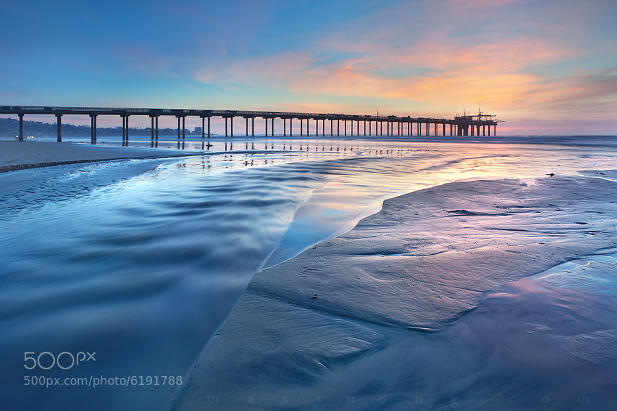 Photograph cyan and happiness (scripps pier, la jolla) by Max Vuong on 500px