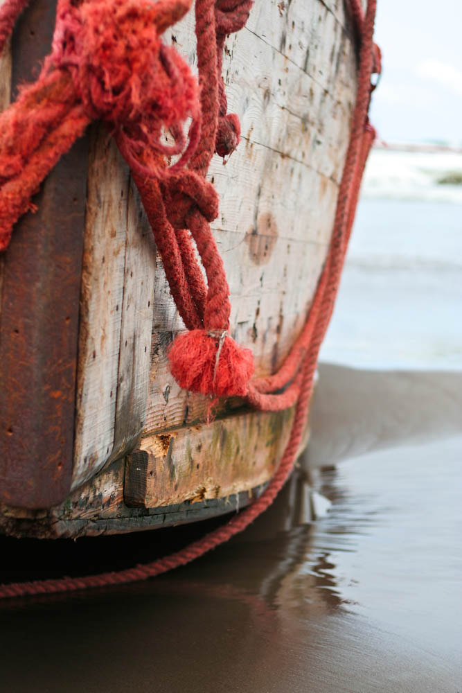 Photograph Boat & orange rope  by Qmars Farahani on 500px