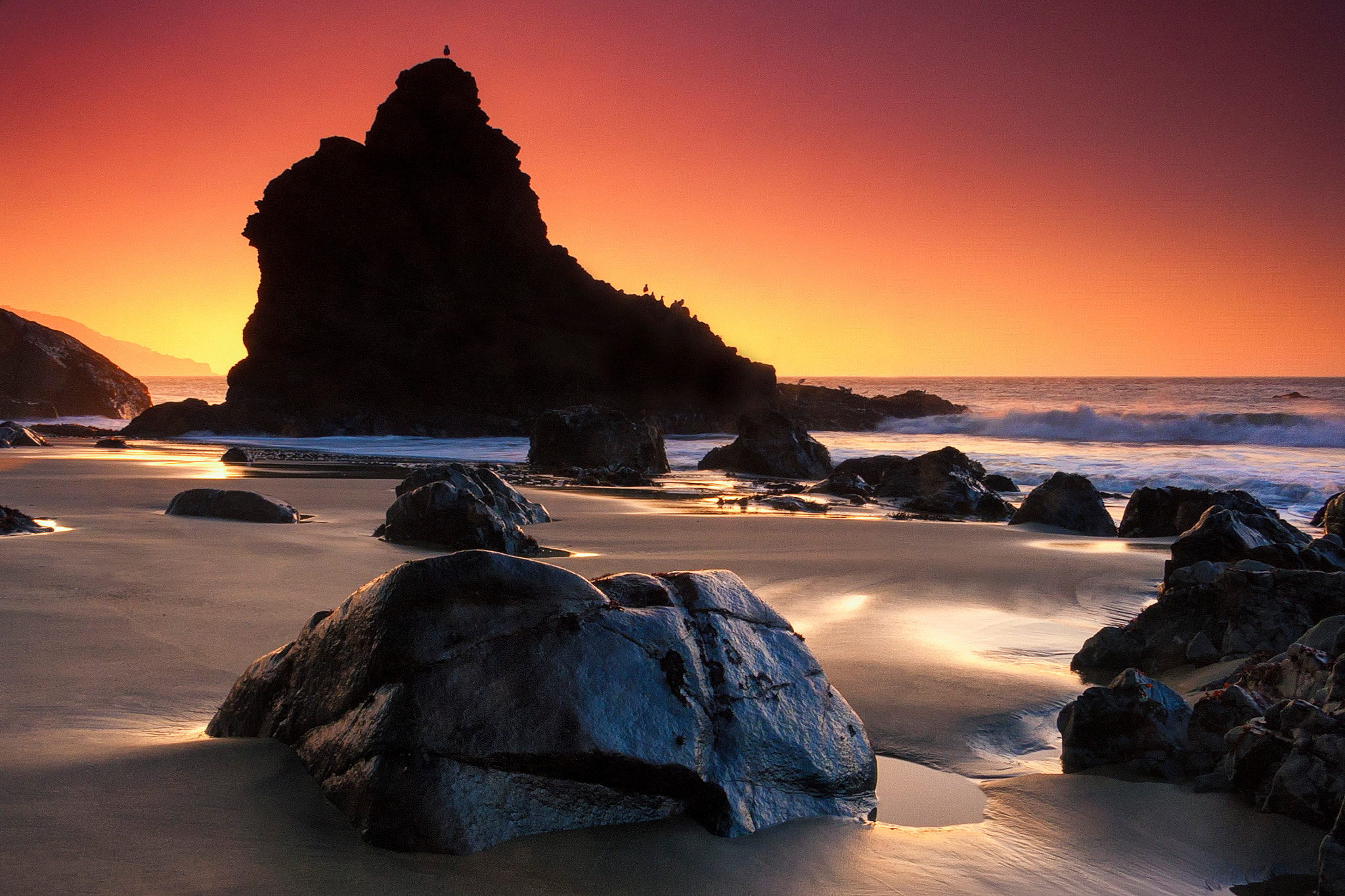 Photograph Pacific Sunset by Chaluntorn Preeyasombat on 500px