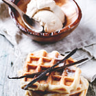 Постер, плакат: Waffles with Ice cream