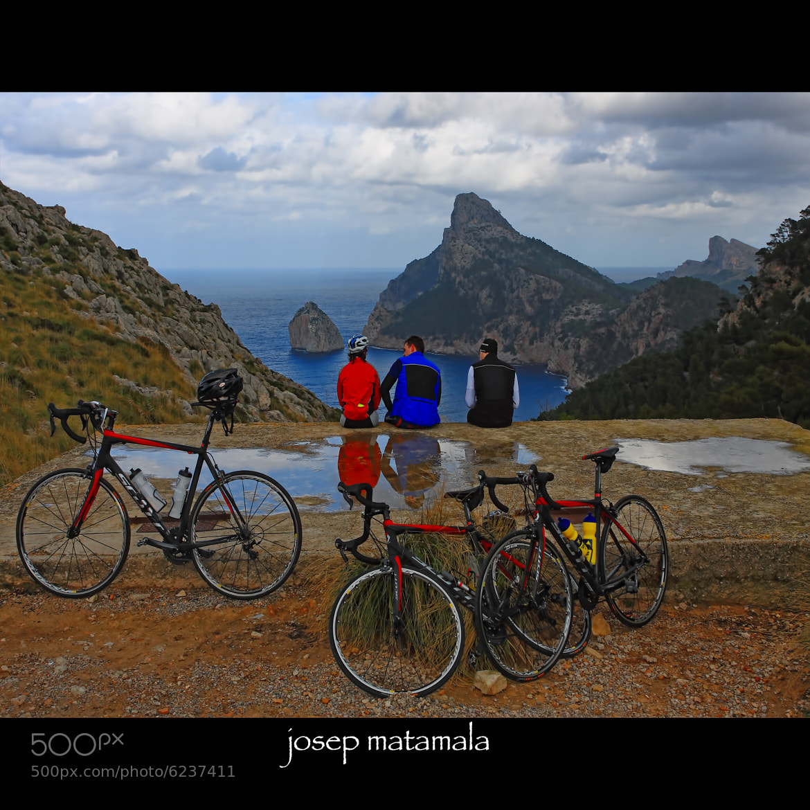 Photograph CICLISTAS  by JOSEP MATAMALA on 500px