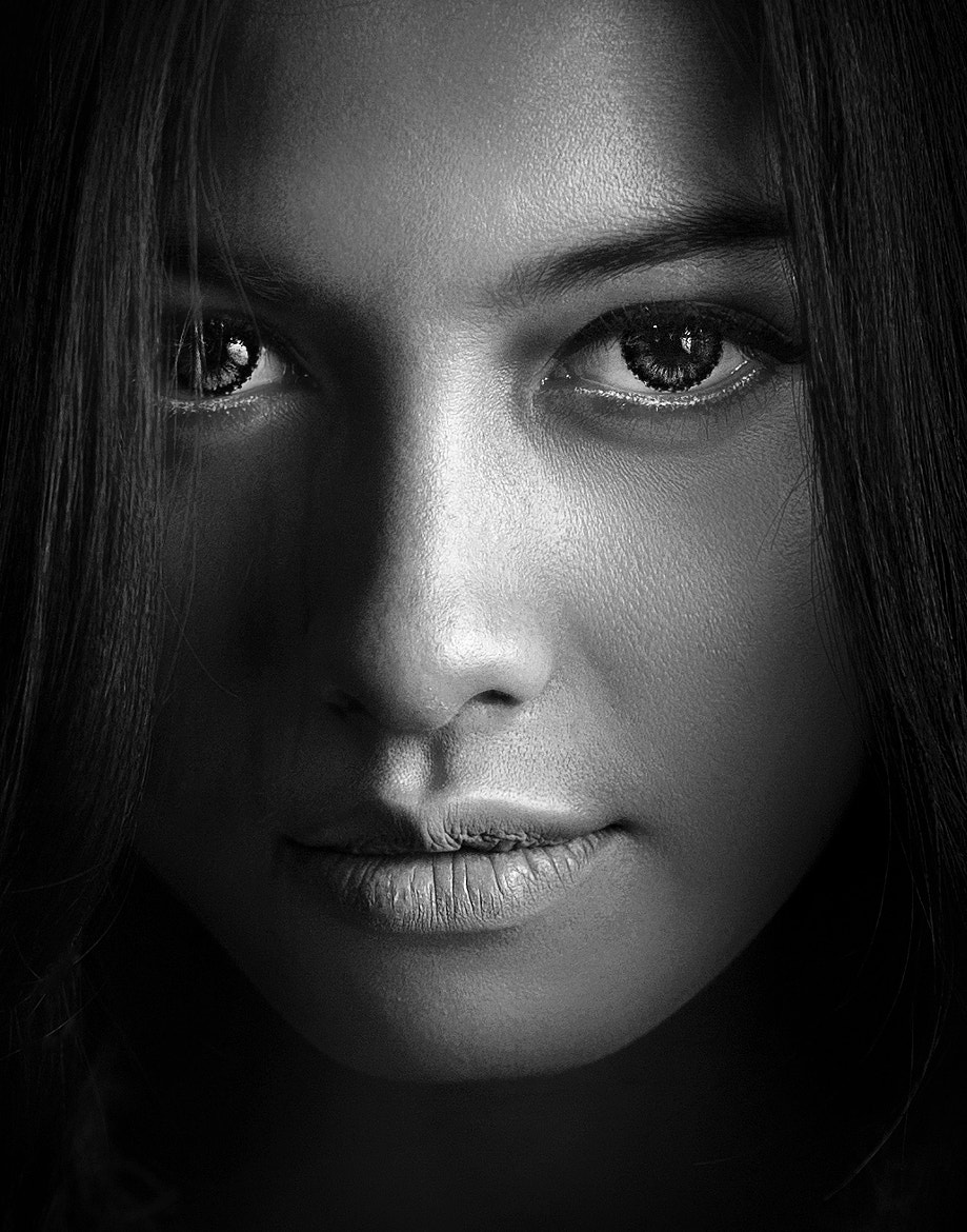 Photograph The Look by Ivan Lee on 500px