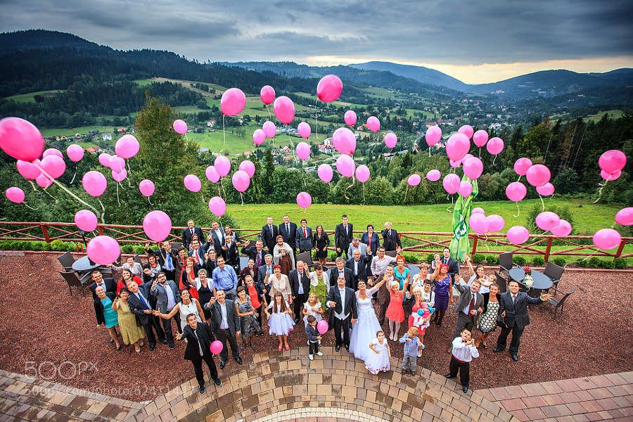 Photograph Different Wedding Group Photo by Wojciech Wandzel on 500px