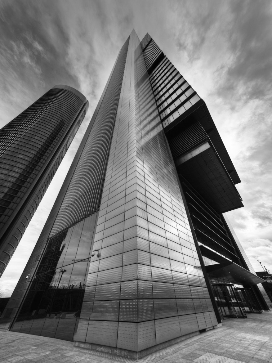 Photograph Foster Tower Madrid by Chema Ocaña on 500px