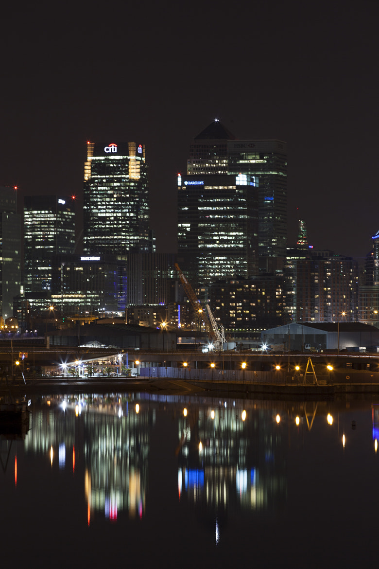 Photograph canary wharf  by Dean Bedding on 500px