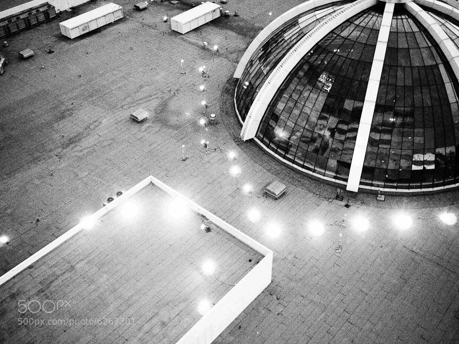 Photograph the Atrium of The Mirage, Las Vegas by Nancy Garay on 500px
