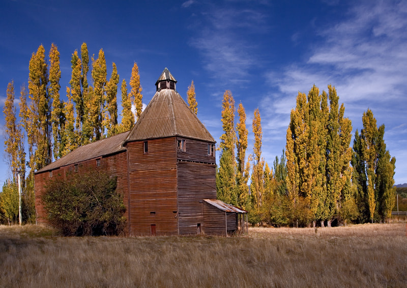 Photograph Autumn Barn by Peter Daalder on 500px