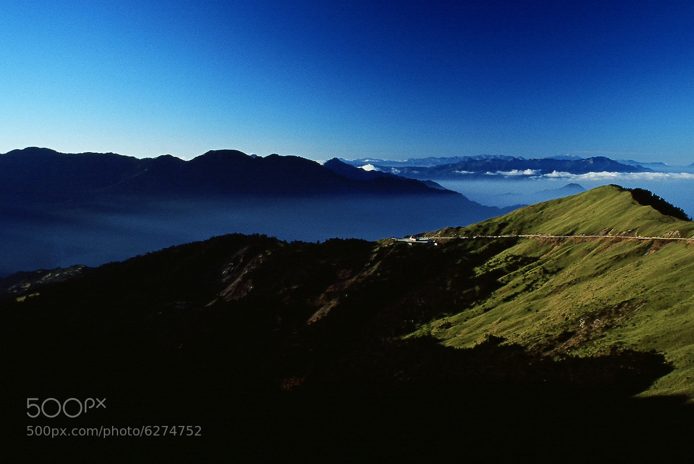 Photograph Mt.Hehuan the dawn of Taiwan by zhenglin ( 政霖 ) guo ( 郭 ) on 500px
