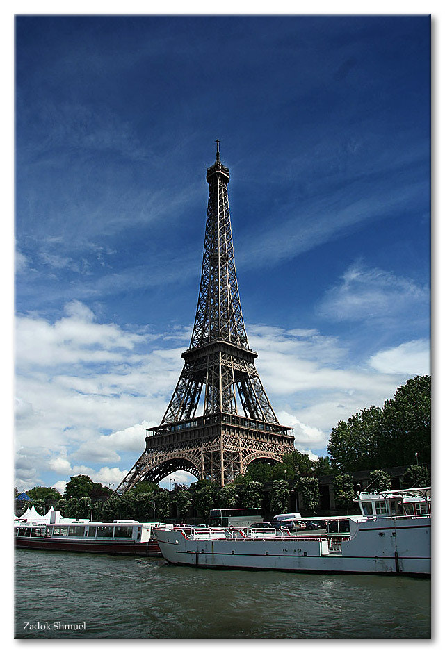 Photograph The symbol of Paris by Zadok Shmuel on 500px