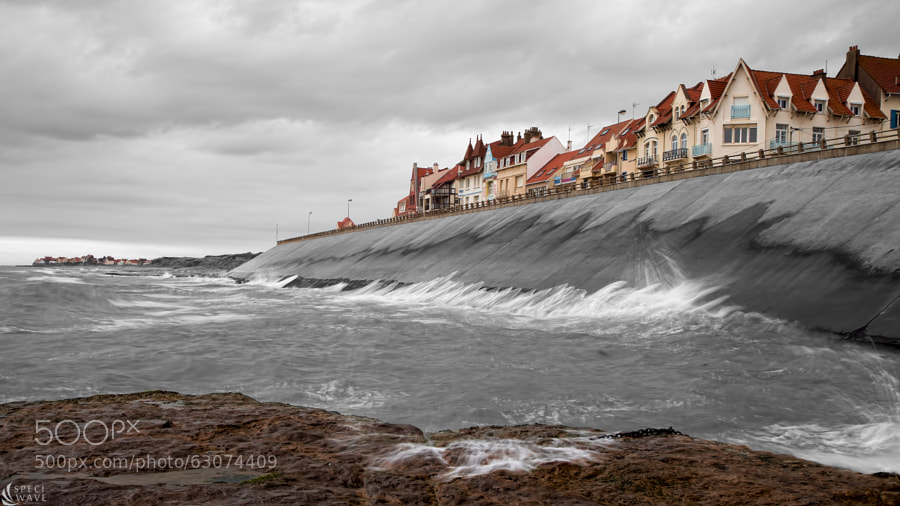 Photograph Ambleteuse waves by Melvin Liss on 500px