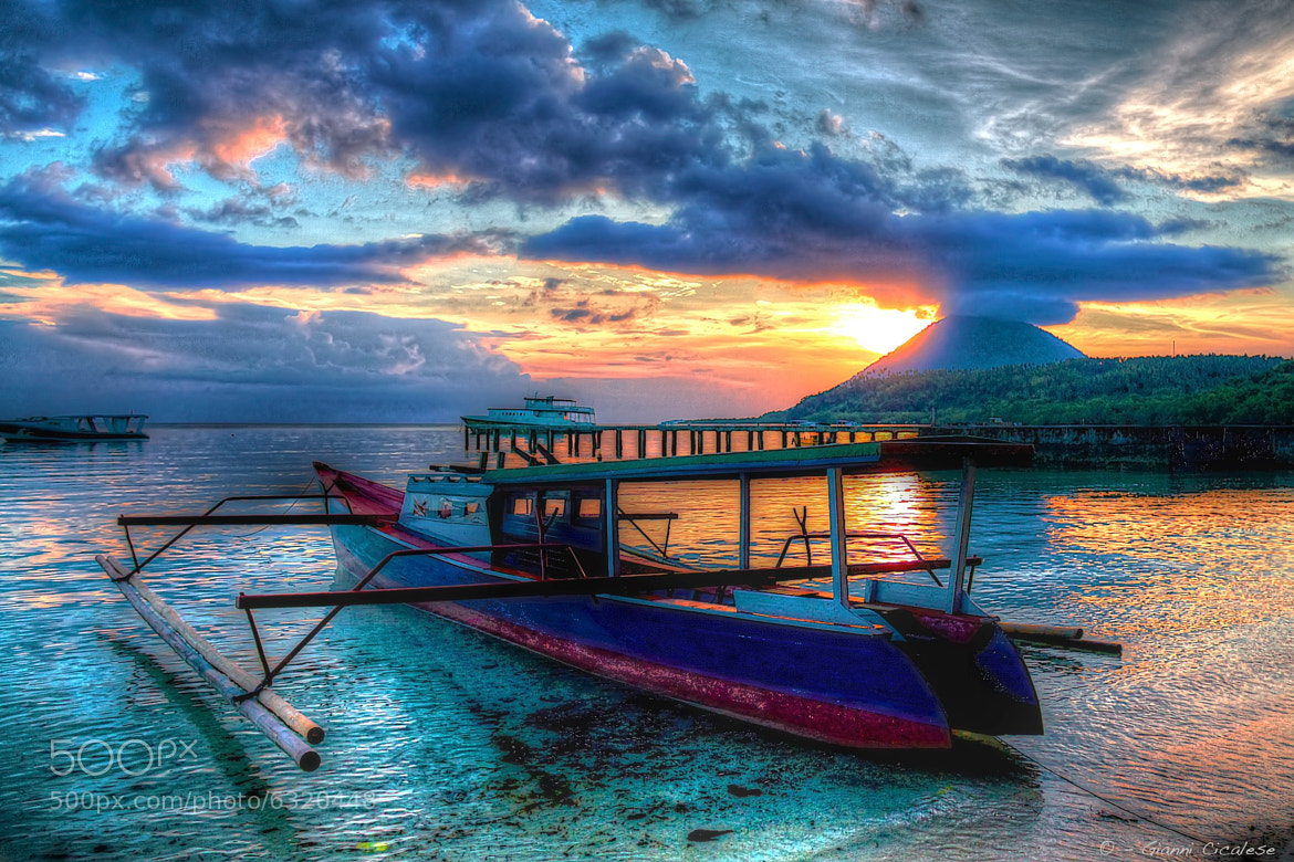 Photograph Boat in Sunrise in Bunaken by Gianni Cicalese on 500px
