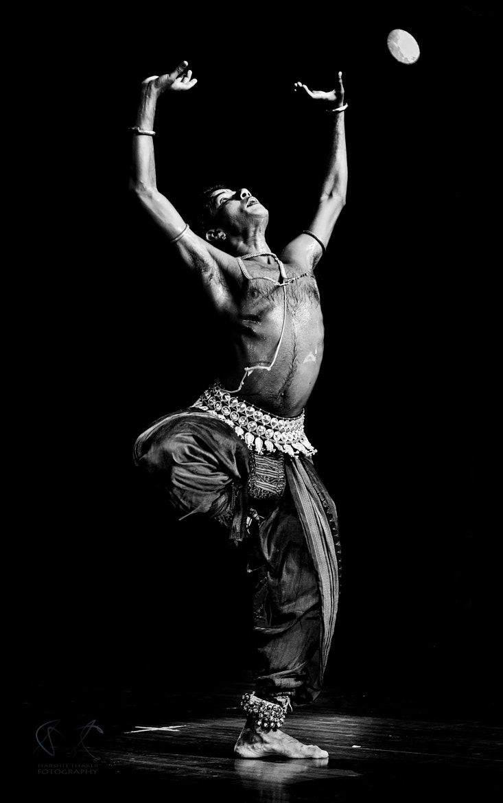 Photograph Indian Classical ---- Odissi by Harshit  Thaker on 500px