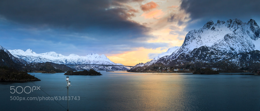Winter twilight in Raftsund