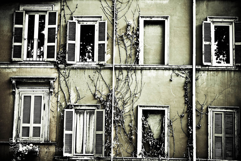 Photograph Finestra by Sandra Pedreira on 500px