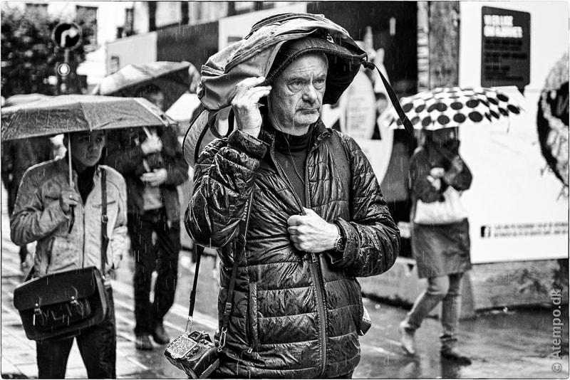 Wet Nikon Guy