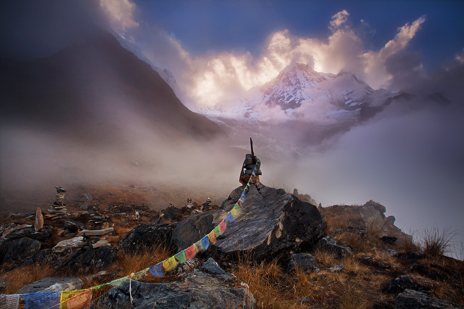 Photograph Into the passing heavens by Dylan Toh  & Marianne Lim on 500px
