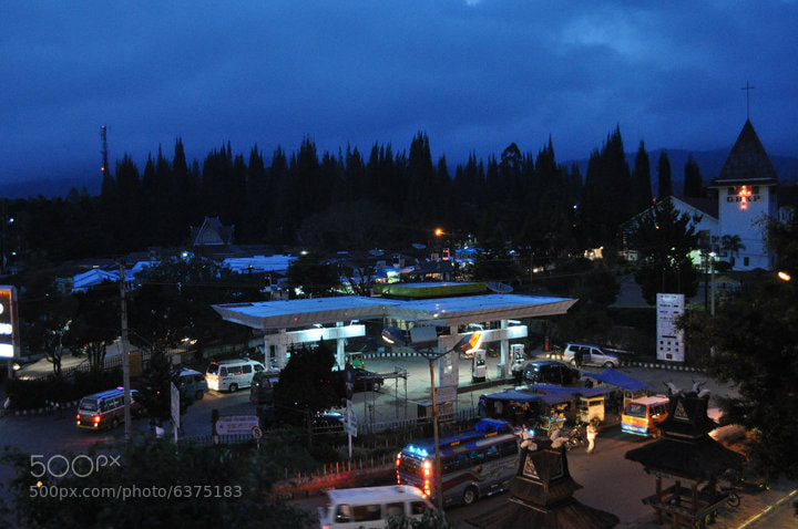 Photograph a night @ Brastagi village by Jenny Tunggul on 500px