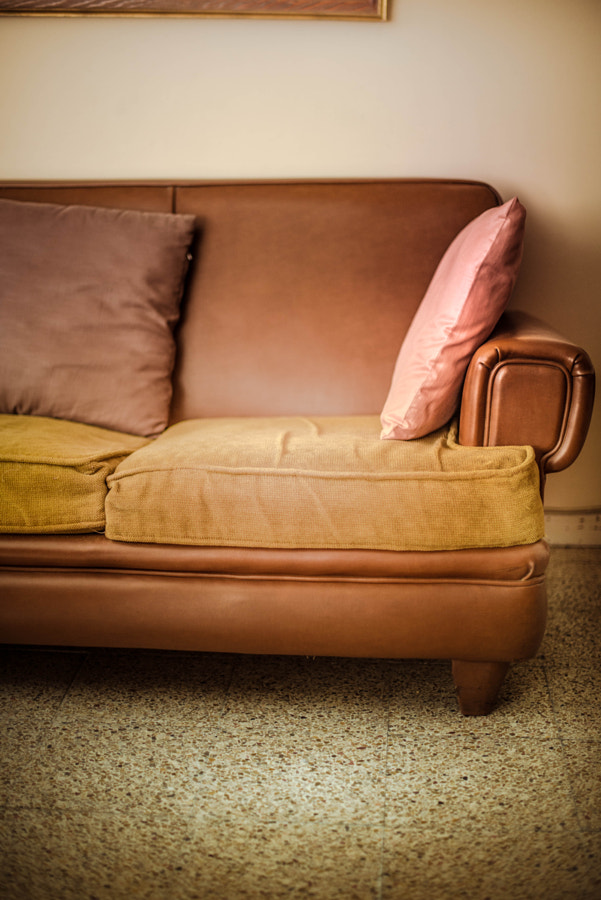 VINTAGE SOFA by José Rodrigues on 500px.com
