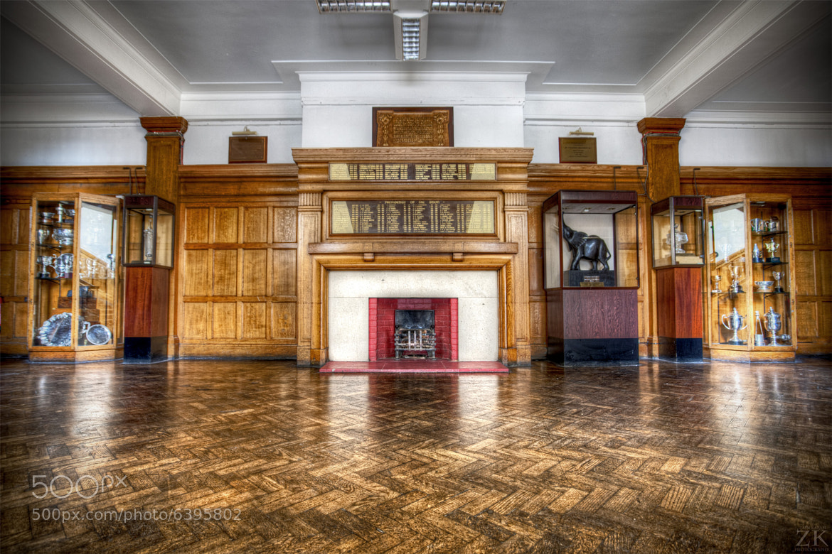 Photograph Glasgow University Union Debates Floor Landing by Zain Kapasi on 500px