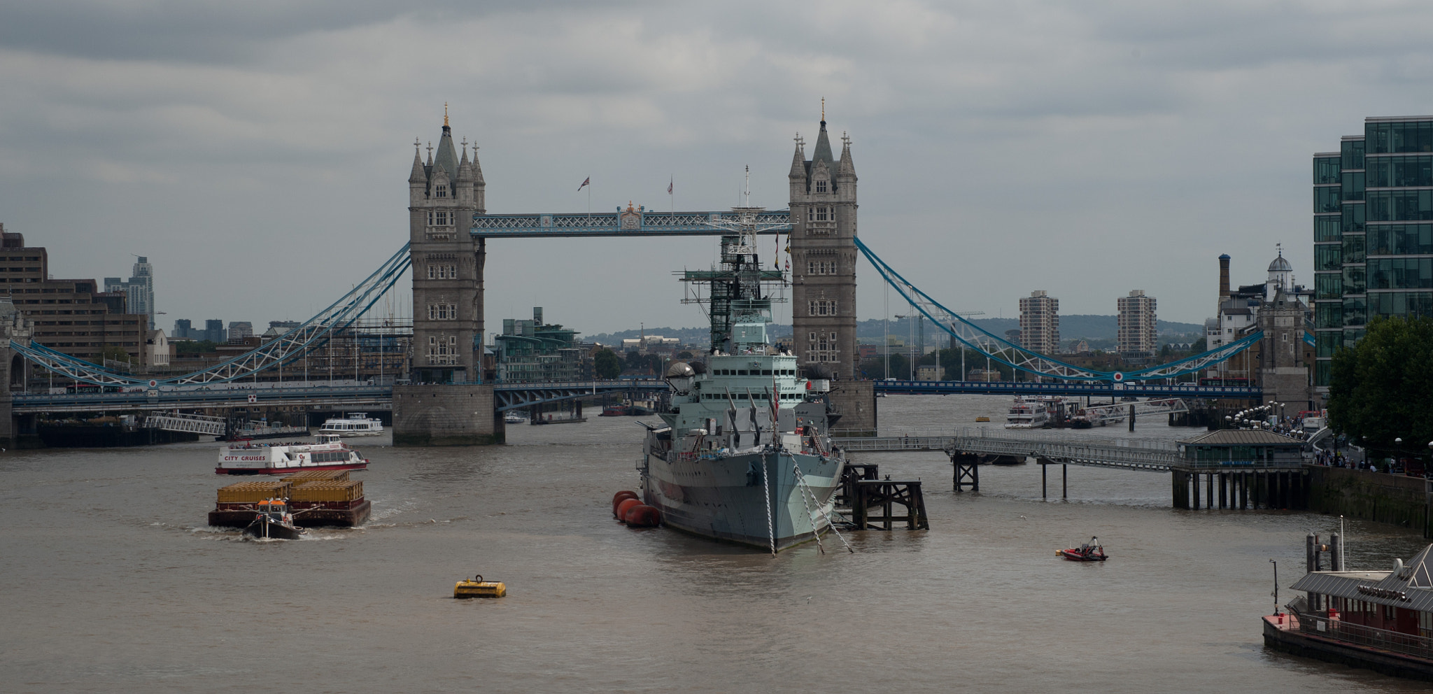 Photograph The Thames by Marilyn Sonnie on 500px