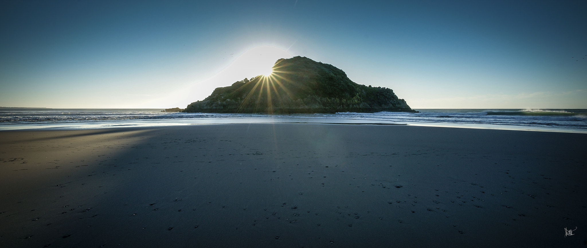 Photograph Back Beach, New Plymouth NZ by Dean Mullin on 500px